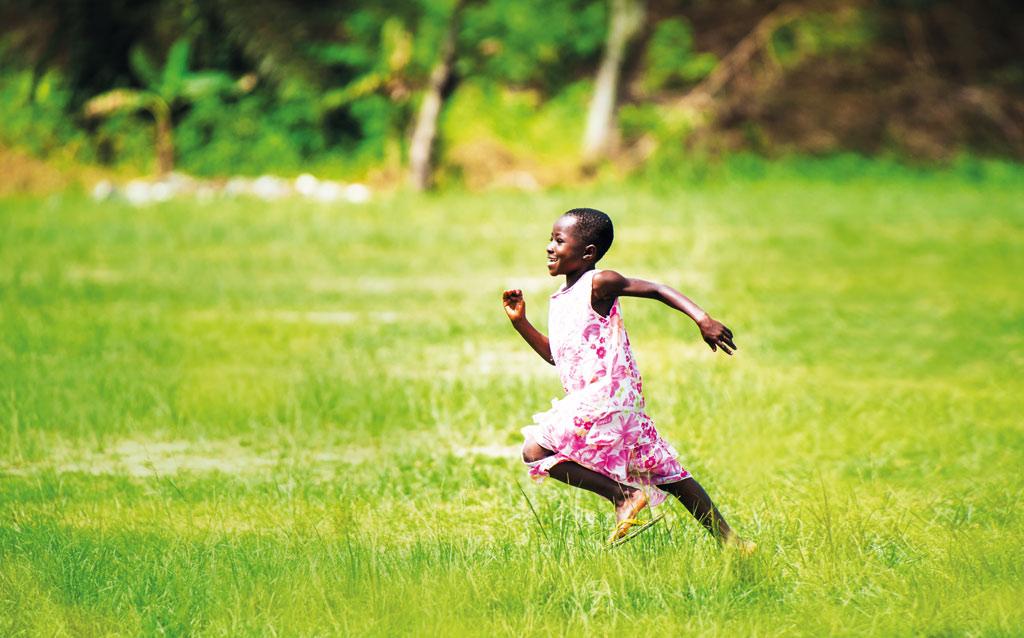 תמונה של ילדה באפריקה